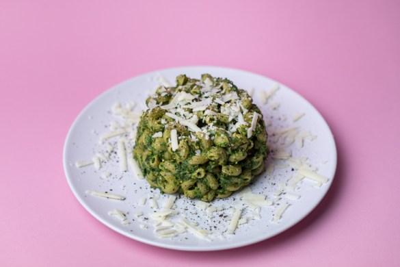 Grünkohl Pesto mit grüne Erbsen Hörnchen