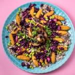 Kroketten mit Rotkrautsalat, Edamame und Pilzsauce