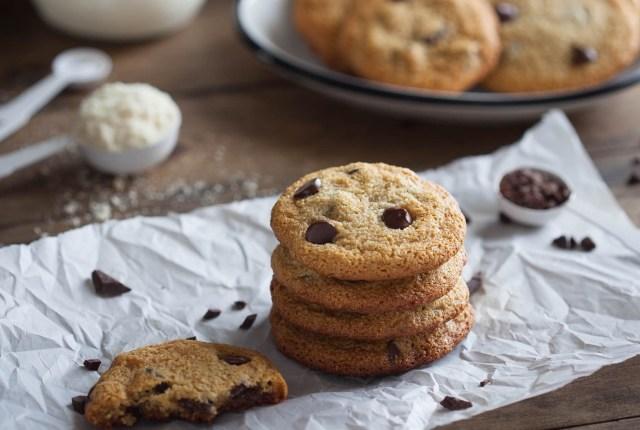 Simple Paleo Chocolate Chip Cookies