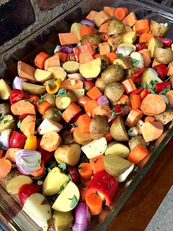Easy Oven Roasted Vegetables: a quick and easy method to roast veggies in the oven. Make a big batch once and live off the leftovers all week.