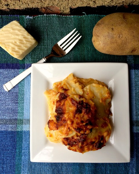 Cheddar Scalloped Potatoes C