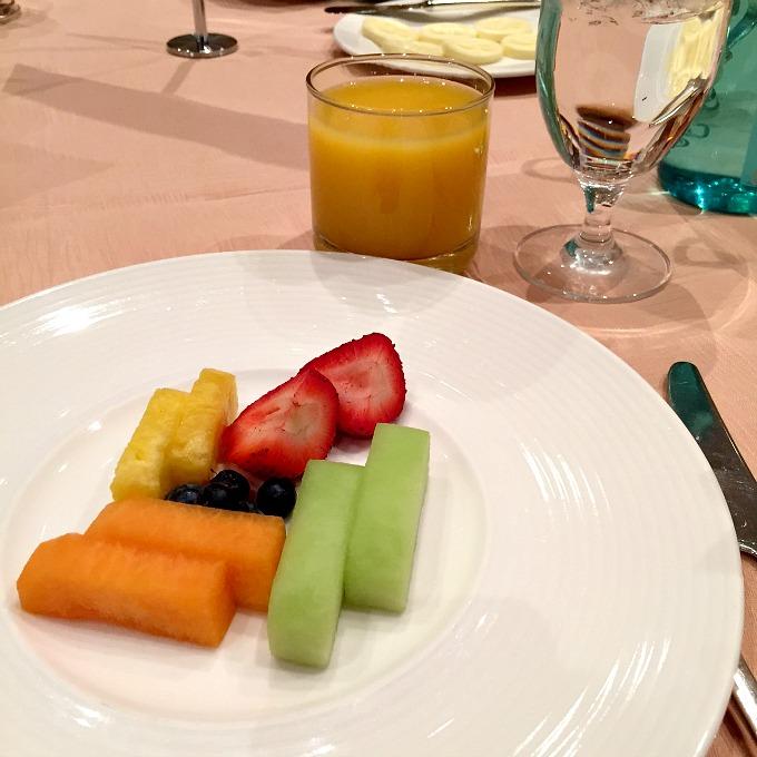 Vegas Breakfast Fruit & OJ