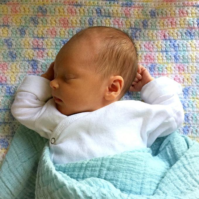 Ave Sleeping Cone Head