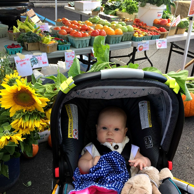 ave-at-the-farmers-market-october-2016