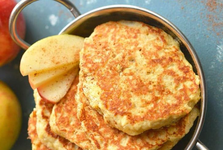 Cook These Apple Cinnamon Fritters in Coconut Oil For an Amazing Gluten-Free Breakfast