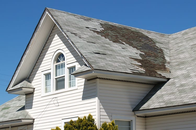 Choosing The Right Commercial & Industrial Roofing Contractor 1