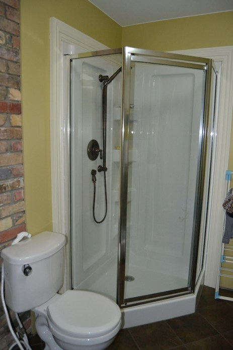 clean glass shower with norwex and ecloth
