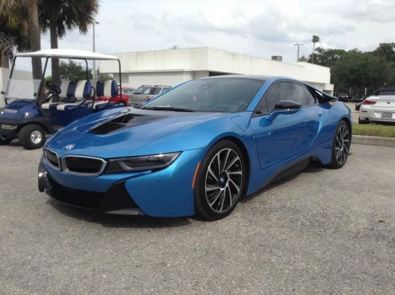 BMW i8 Blue 14