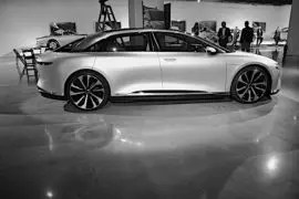 Lucid Air Hits 235 mph