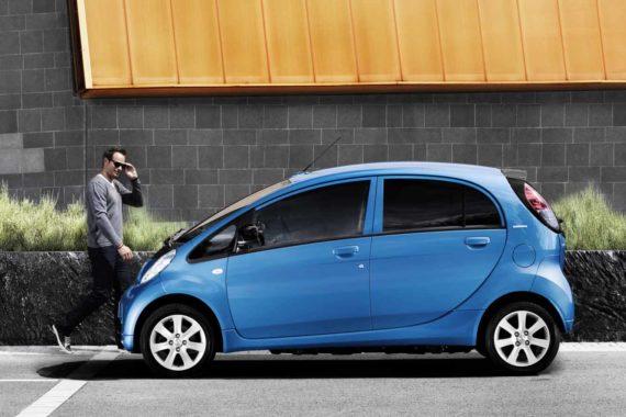 peugeot electric car