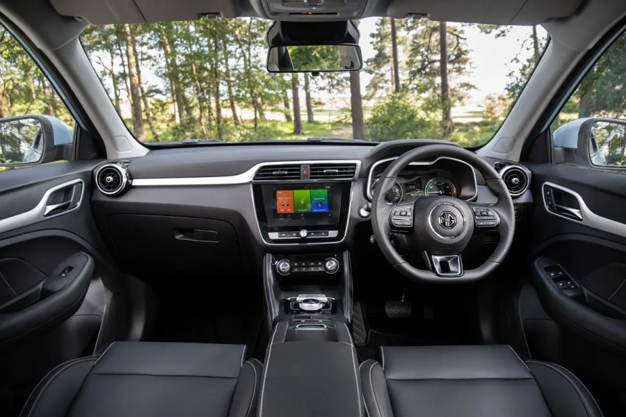 MG - eZS EV interior
