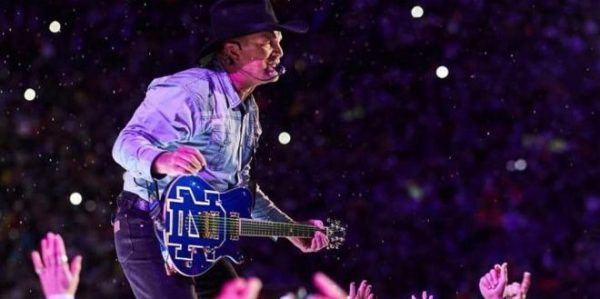 Garth Brooks at The Dome in St Louis THIS Weekend