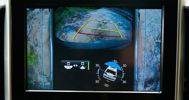 2019 Toyota Land Cruiser Prado multi_terrain_monitor