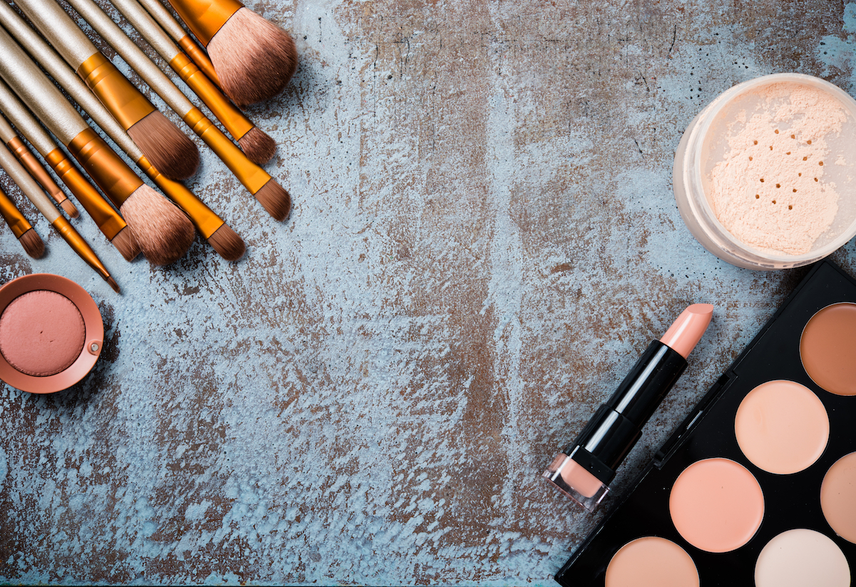 4 Ingredients To avoid In Your Cosmetic Products. 2
