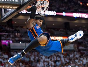Carmelo-Anthony-Dunk-19
