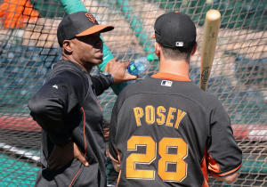 Barry Bond Attends San Francisco Giants Camp as a Spring Training Instructor