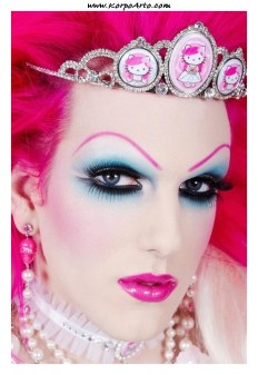 Drag Queen Makeup 04