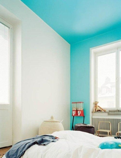 mur et plafond bleu deco peinture.