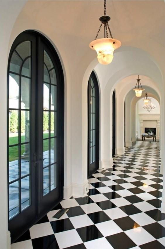 Couloir noir et blanc : 5 idées pour créer la surprise ...