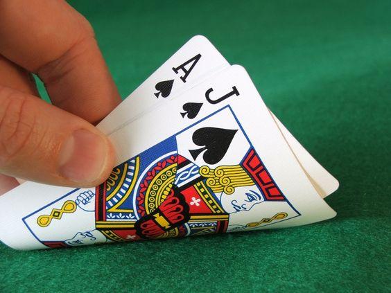 nuance de vert tapis jeu de carte chance