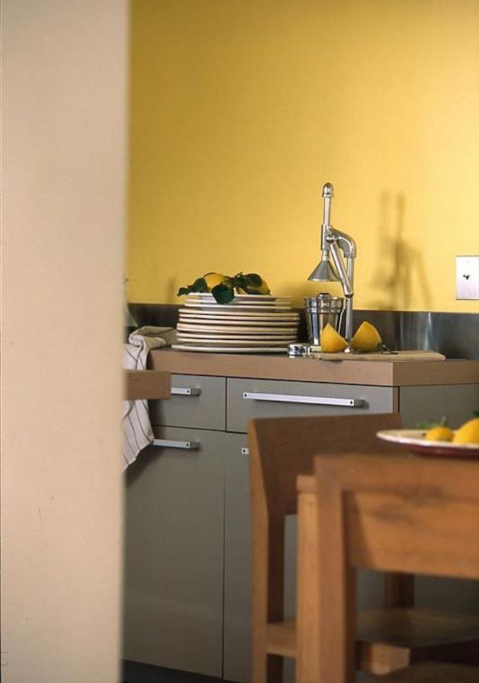 Attrayant Déco Couleur Jaune Moutarde Cuisine Citron Bois Assiettes Blog Déco Clem  Around The Corner