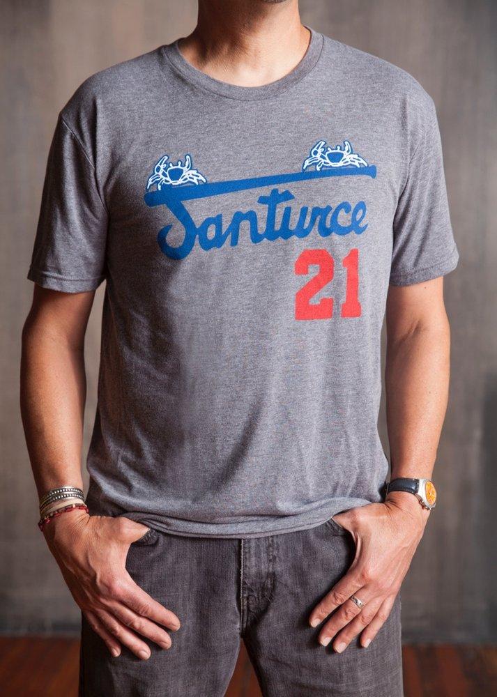 new product a289a c6a30 Santurce T-shirt - Clemente Museum