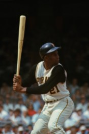 Roberto Clemente up to bat.