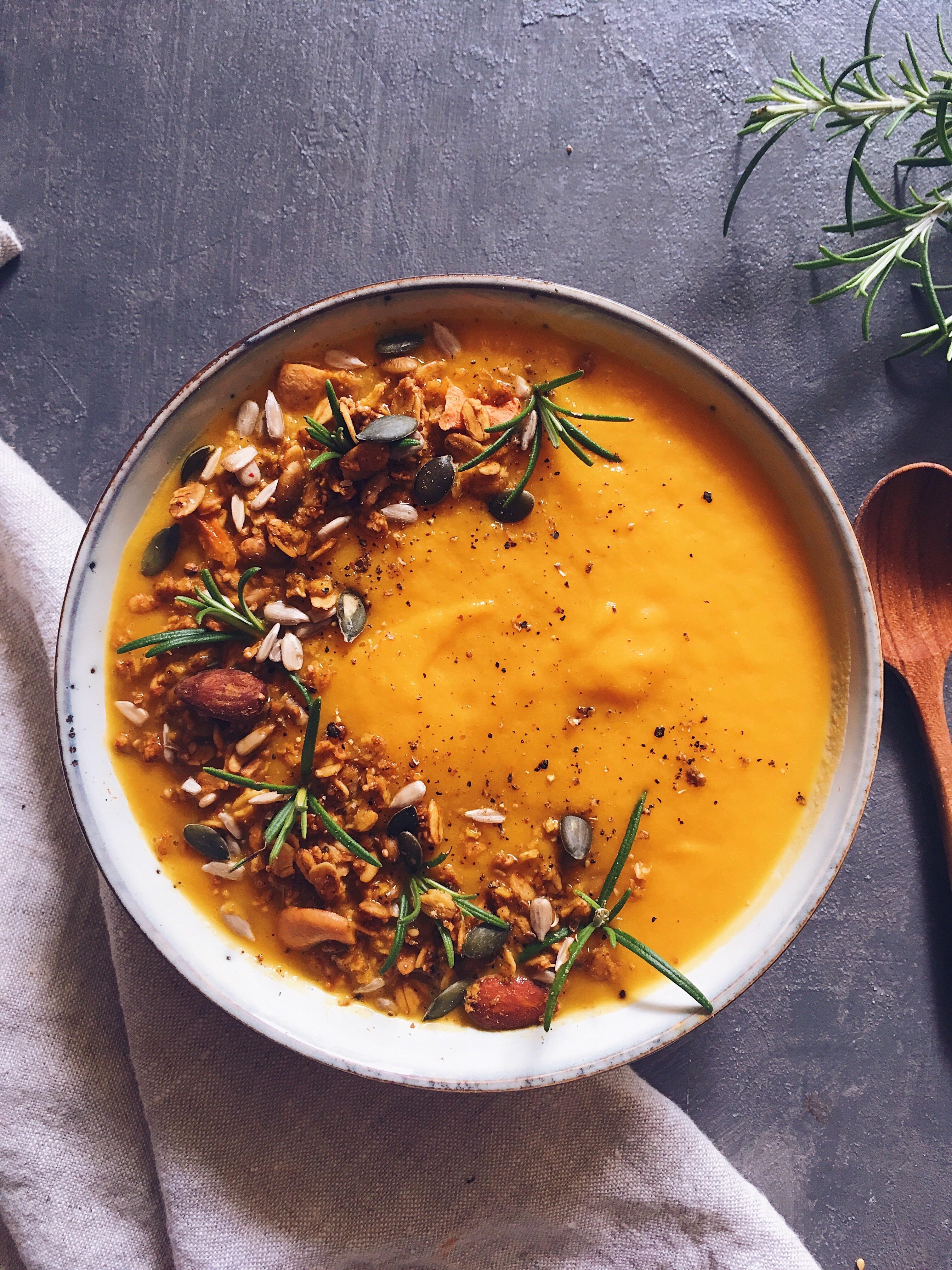 Soupe Poireau Carotte Pomme De Terre : soupe, poireau, carotte, pomme, terre, Soupe, Courge, Butternut,, Carottes, Poireaux, Clemfoodie