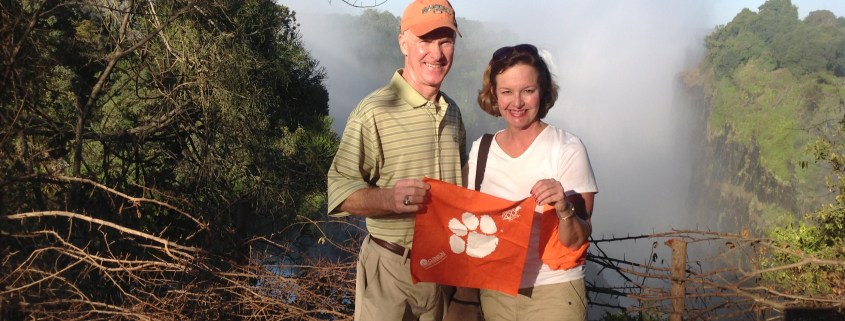 Rus '72 and Sharon Kingman included their Tiger Rag on their trip to Victoria Falls.