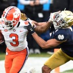 (WATCH) Looking Back on Clemson WR Amari Rodgers Senior Season