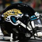 Former Clemson OL Re-Signs With Jaguars