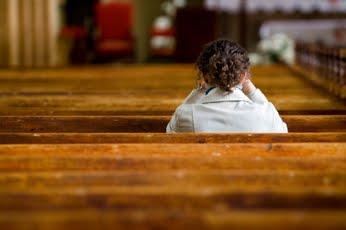 1 a a a a are mulher rezando