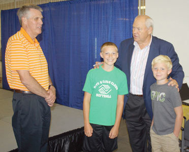 Phil Fulmer reminds United Way kickoff attendees 'Giving ...