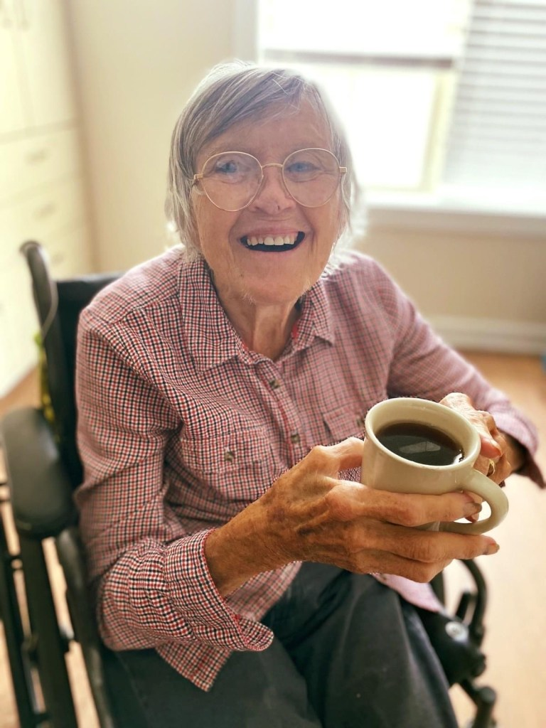 Residents enjoy a delicious and nutritious dining program at Cleveland House