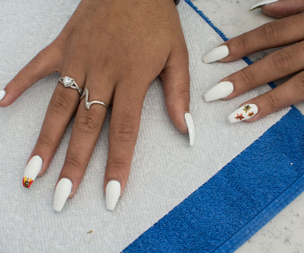 Get Festive With This Easy Thanksgiving Nail Art