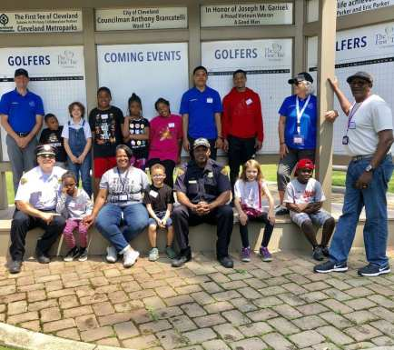 Cleveland Police officers from Community Policing spent some time at the Cleveland Metropark's Washington Park First Tee learning how to golf.