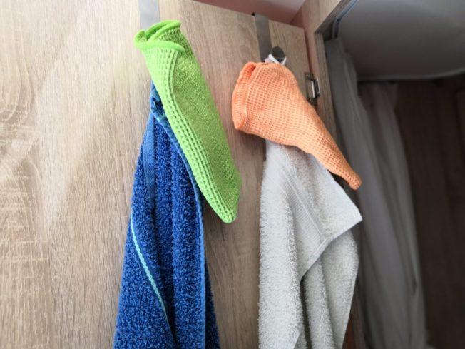 Handtücher und Waschlappen