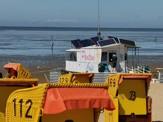 Ponton Café am Duhner Strand