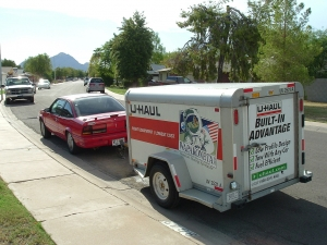 Closed Trailer: Vehicle moving day tips to help make your move much easier.