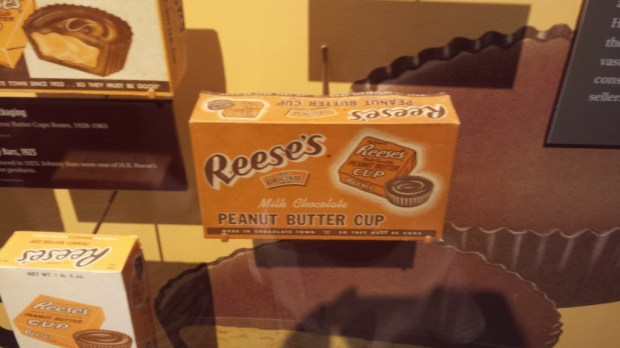 Hershey Kiss machine at The original Reeses packaging at the Hershey Story Chocolate Museum #familyfun #TravelClevely