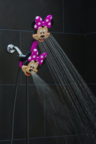 Oxygenics Minnie Shower Head Combo #review #kids via @CleverlyChangin