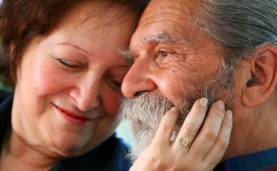 How To Recognize Signs of Alzheimer's in a Loved One