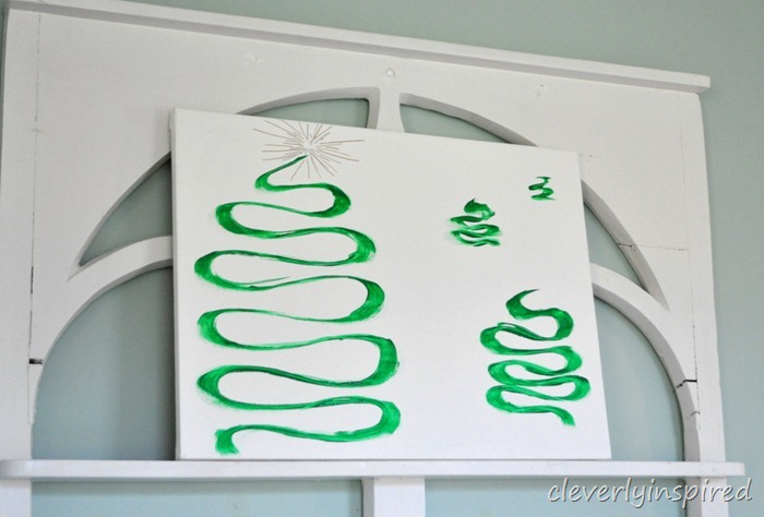 easy diy christmas tree canvas art @cleverlyinspired (3)
