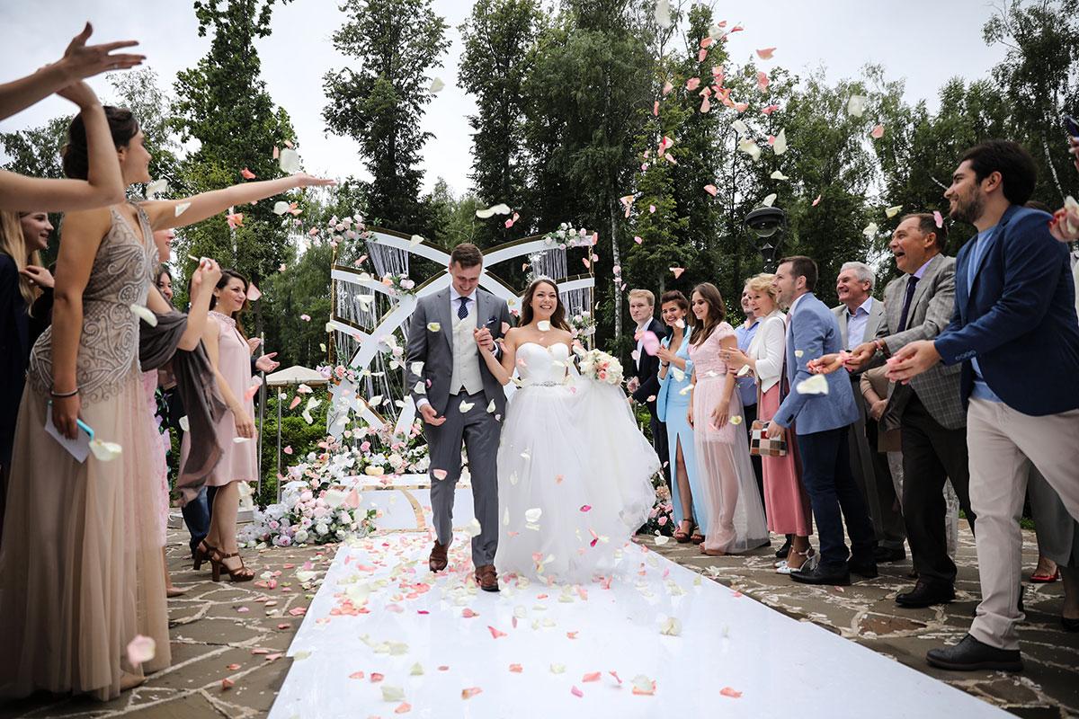 Выездная фотостудия на свадьбе