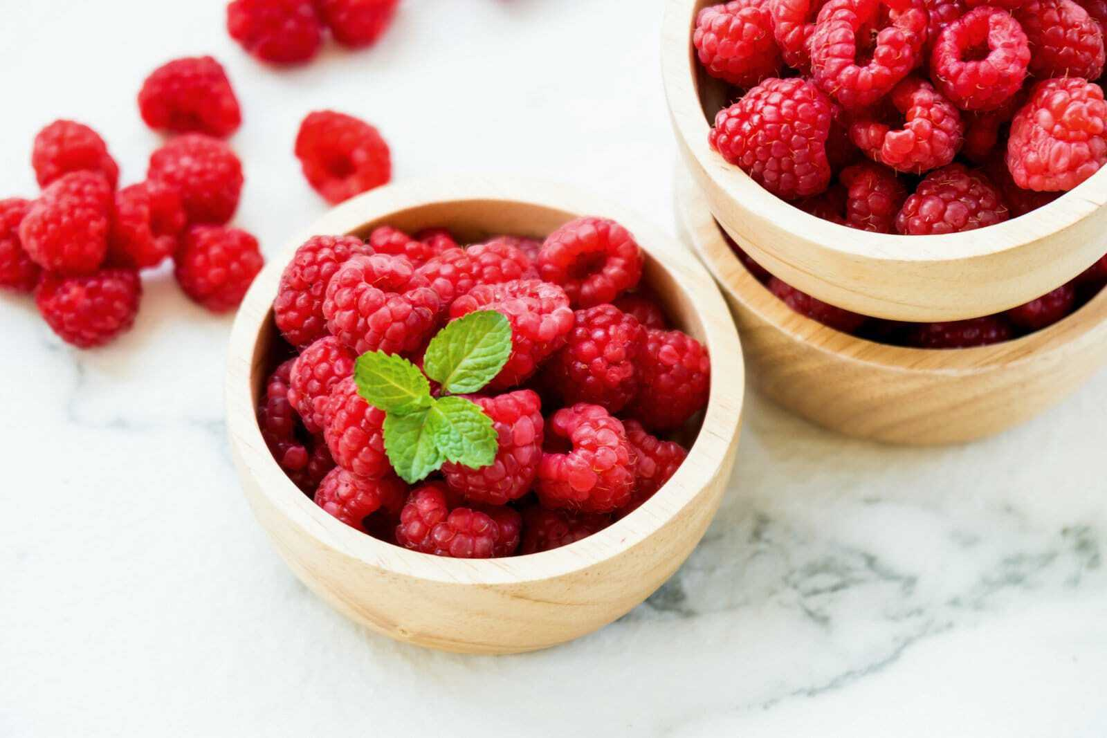 A simple recipe for making jelly from raspberries for the winter