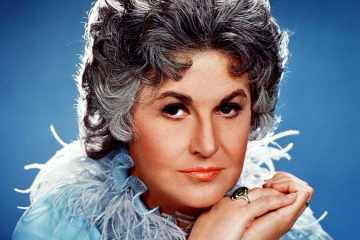 Bea Arthur talks Maude