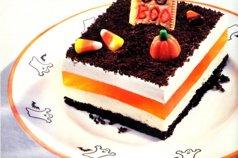 Cool Whip Oreo graveyard treat - Halloween dessert from 1994 (1)
