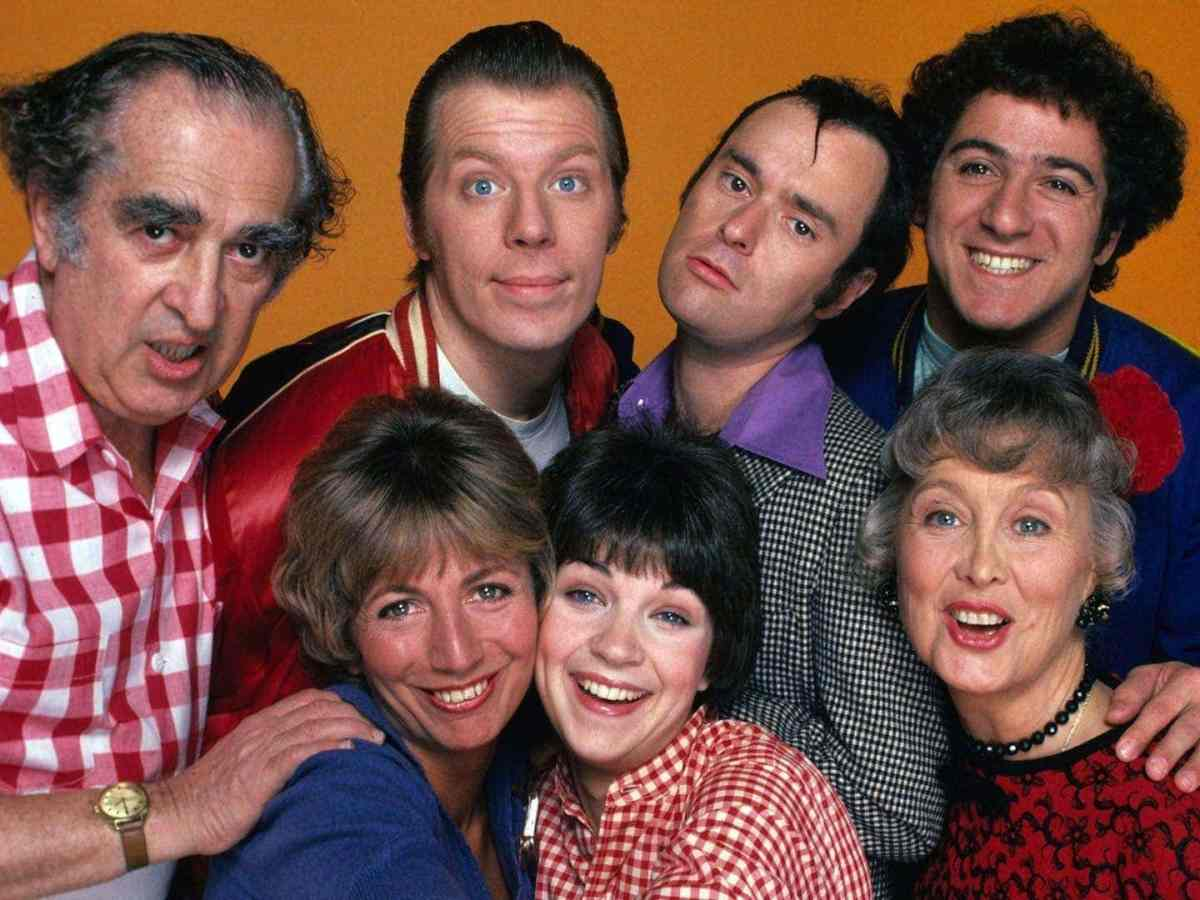 Laverne & Shirley theme song & lyrics (1976-1983)