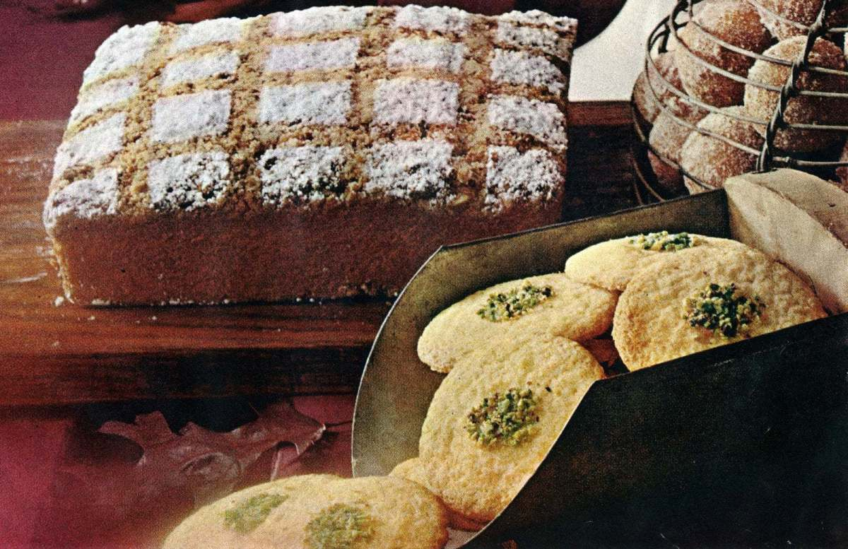 Old-fashioned bake sale recipes: Cakes, pies & other deliciously sweet treats (1965)