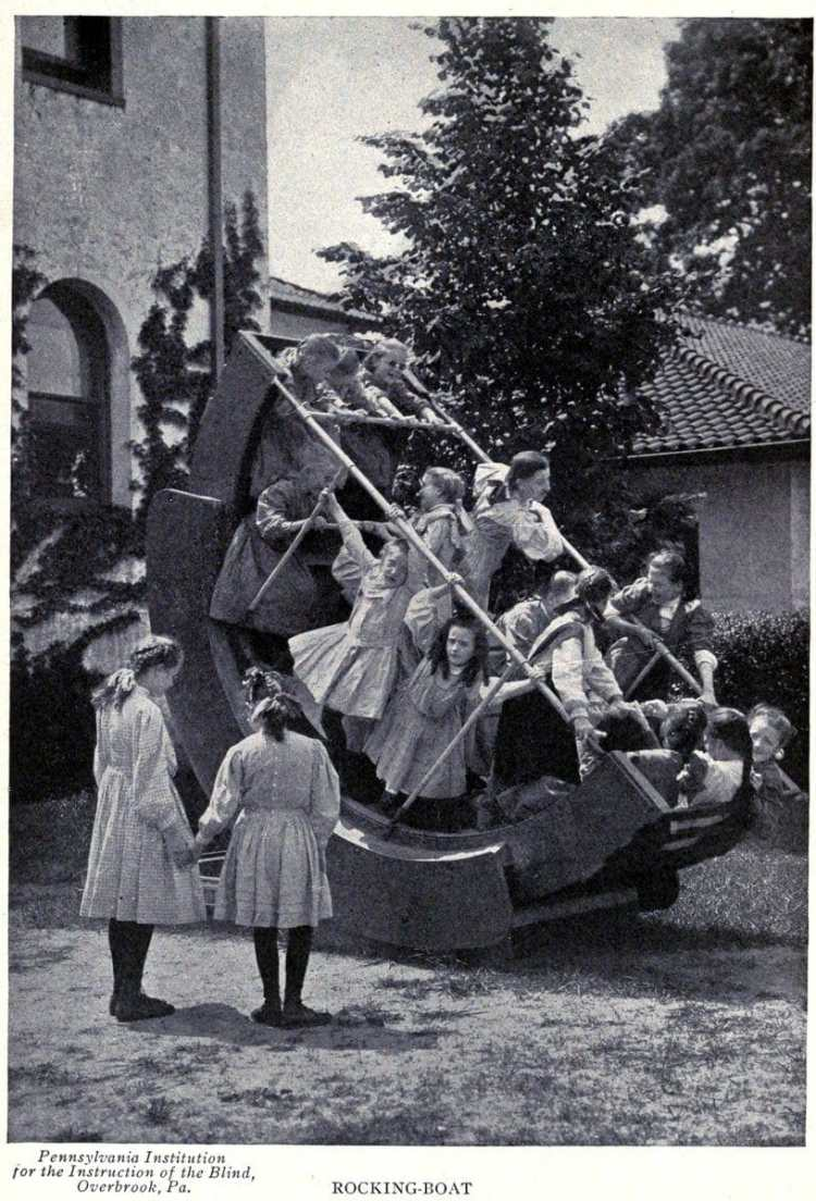 Old playground equipment and fun for kids from the 1920s (4)